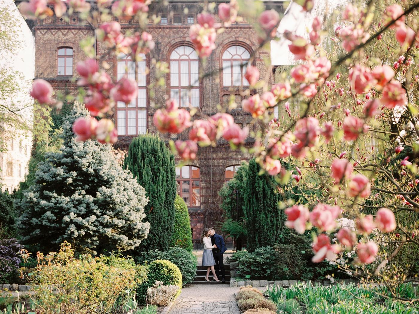 Engagement photosession on film. Wroclaw. Предсвадебная фотосессия на плёнку во Вроцлаве
